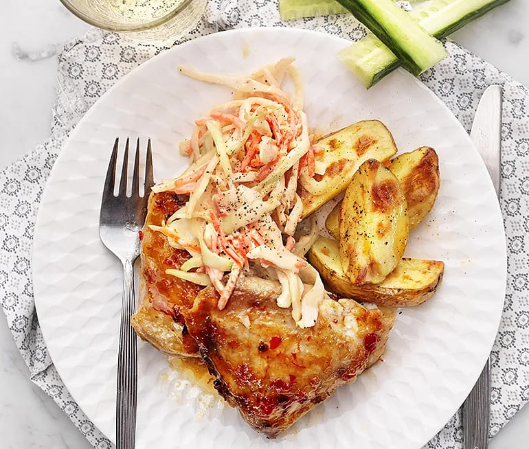 Kyckling med cole slaw och rostad potatis