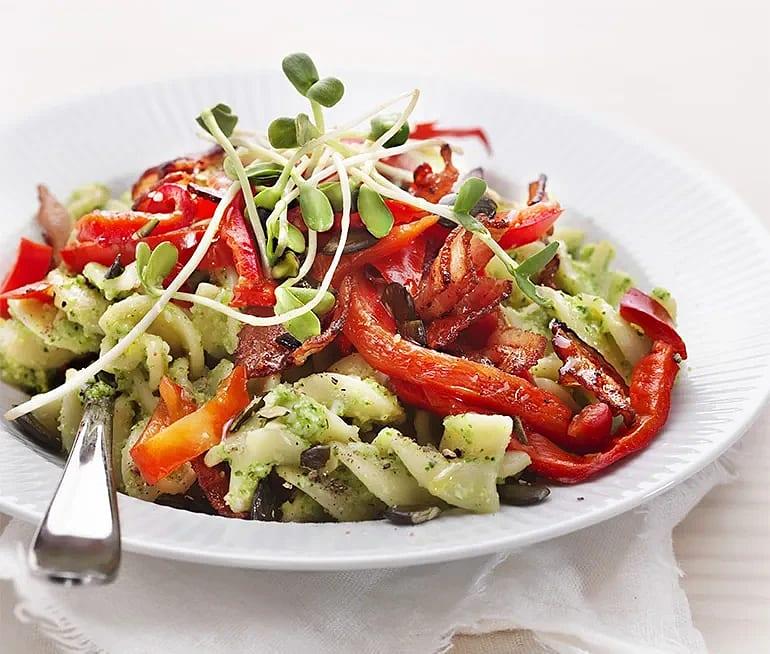 Fusilioni med broccolipesto och bacon