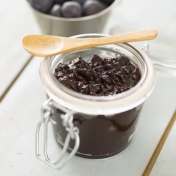 Chiasylt med blåbär och ingefära