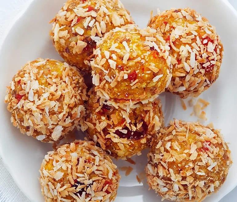 Morotsbollar med mandel, kardemumma och citron