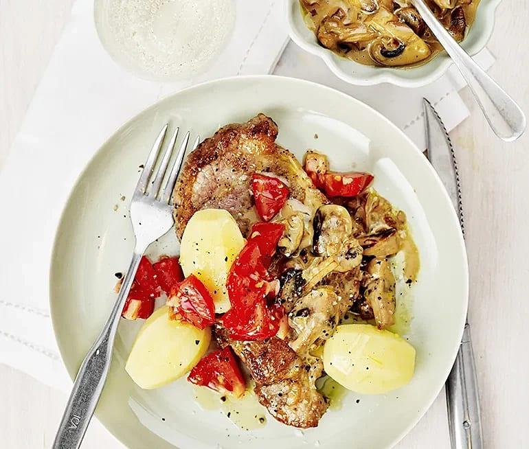 Karré med champinjonsås och potatis