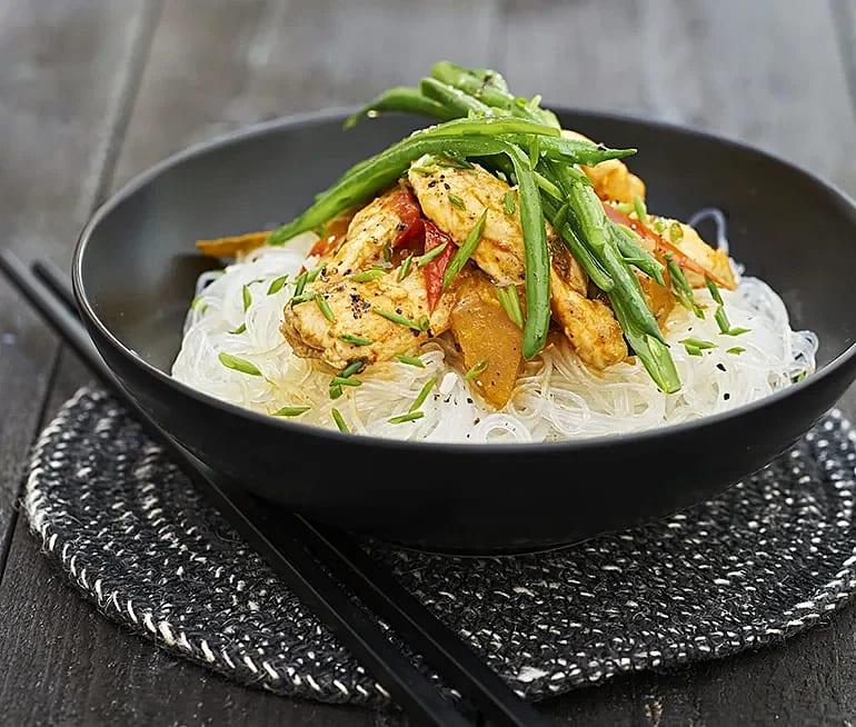 Kyckling i röd curry med gröna bönor