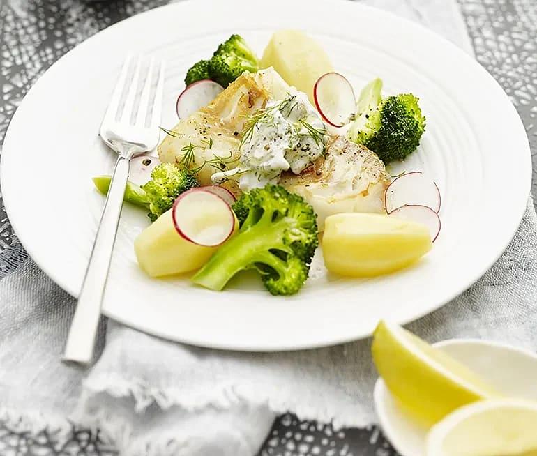 Stekt torsk med tartarsås och broccoli