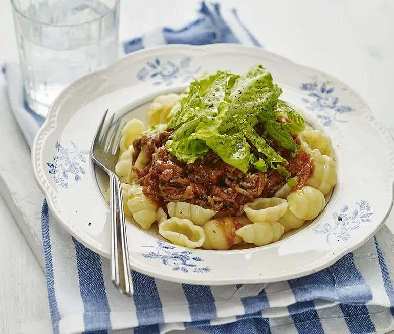 Köttfärssås med gnocchi