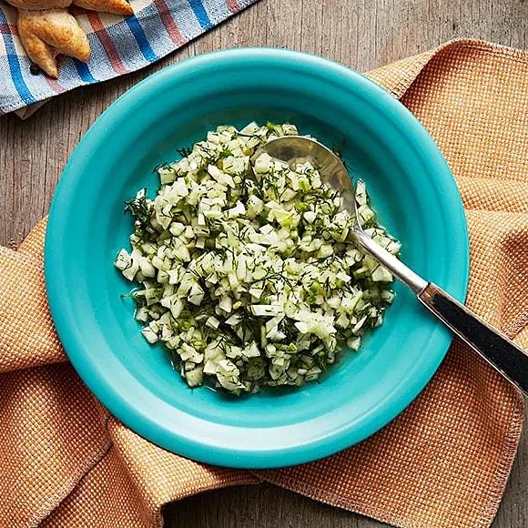 Salsa med fänkål, gurka och dill