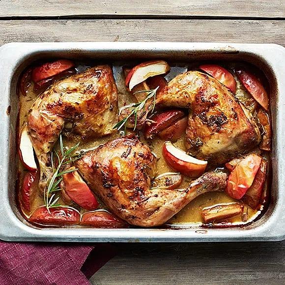 Kyckling med äpple och rosmarin