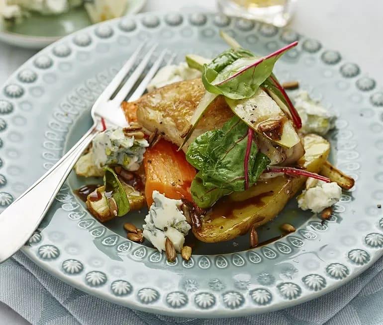 Kycklinglår och höstsallad med päron och gorgonzola