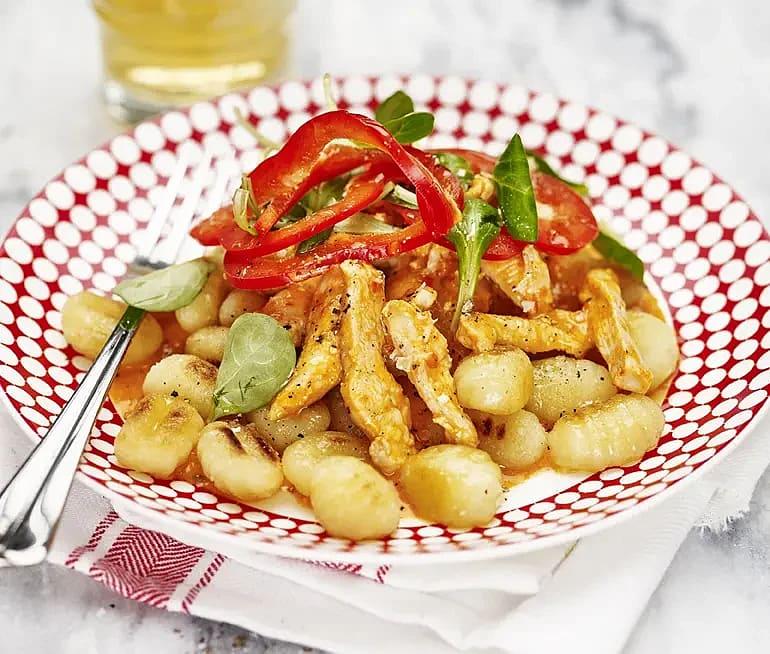 Krämig paprikakyckling med potatisgnocchi