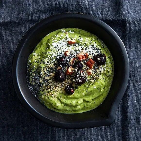 Skottgrön smoothiebowl