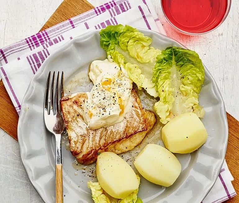 Stekt torsk med äggsås