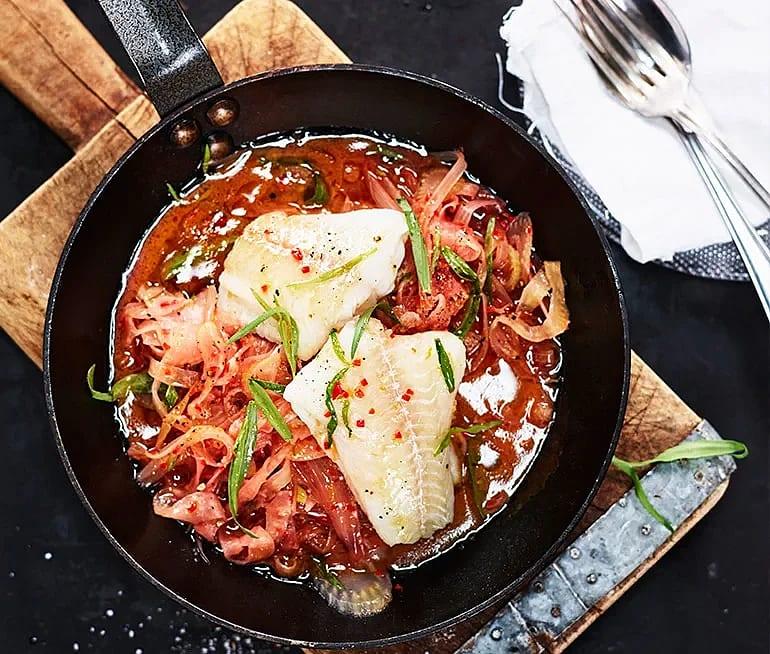 Torsk med blodapelsin, fänkål och chili