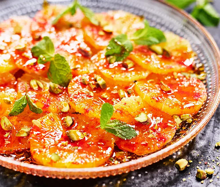 Blodapelsin med saffranshonung och pistagenötter