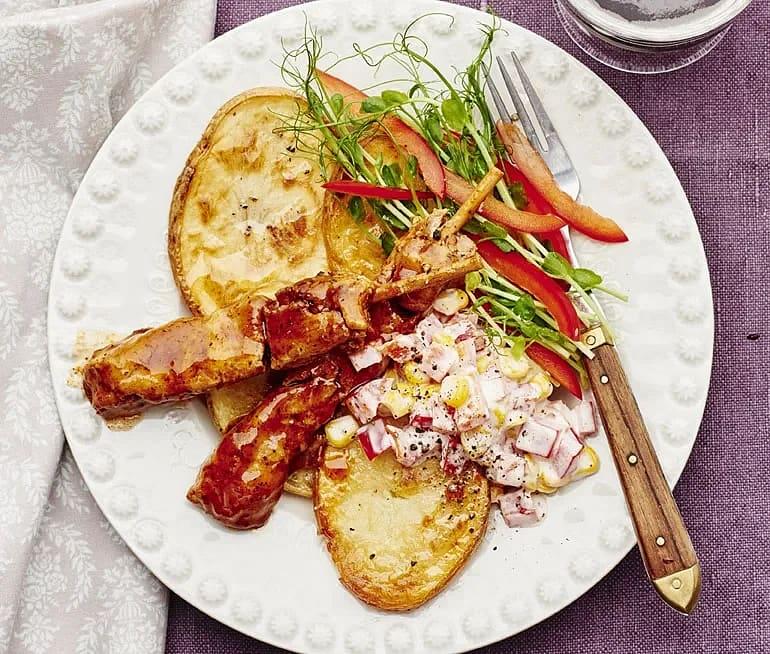 BBQ-spett med rostad potatis och grönsaksmajonnäs