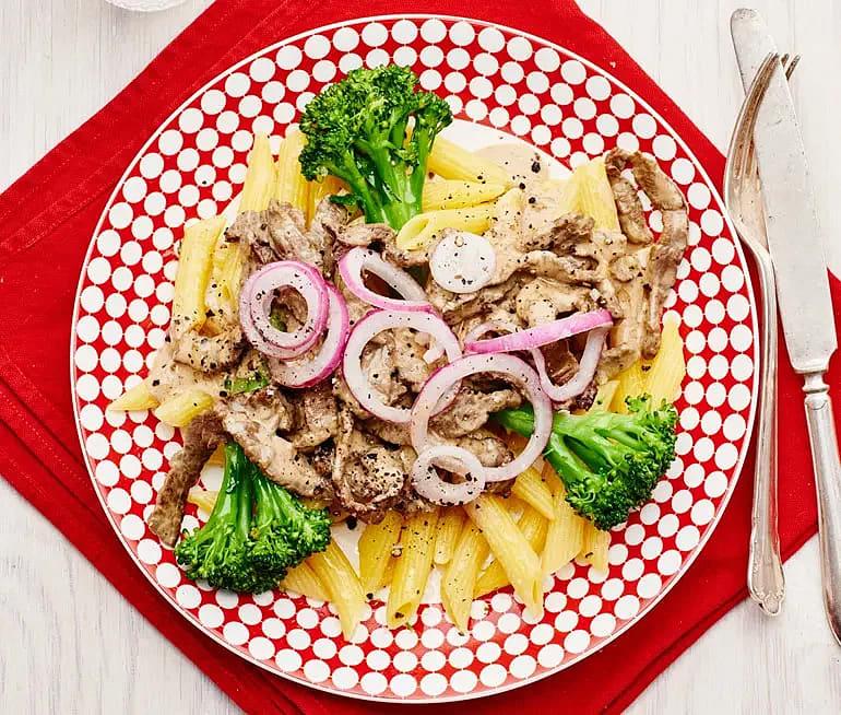 Krämig lövbiff med bellaverde och pasta