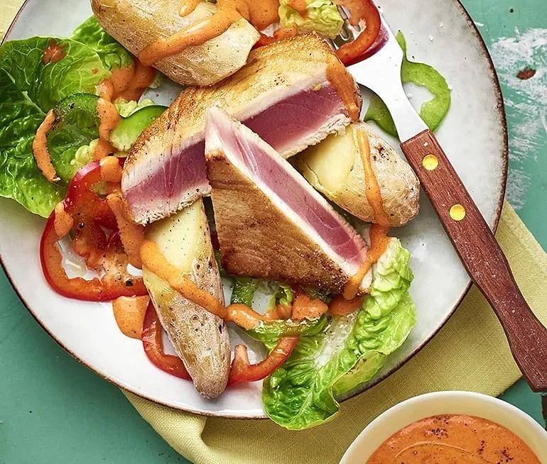 Tonfisk med mojo rojo och papas arrugadas
