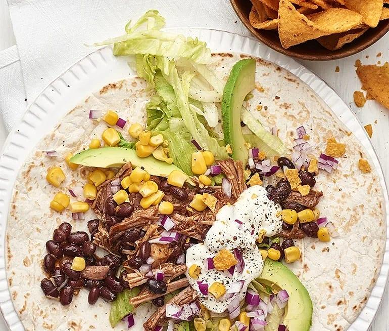 Tortillas med pulled pork och avokado
