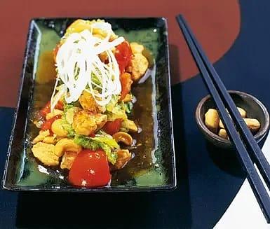 Quornwok med nötter och chilisås