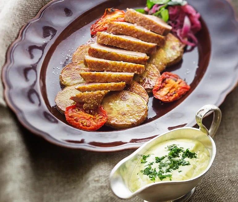 Anka Provencale med råstekt potatis
