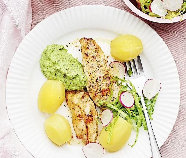 Stekt kyckling med broccolikräm