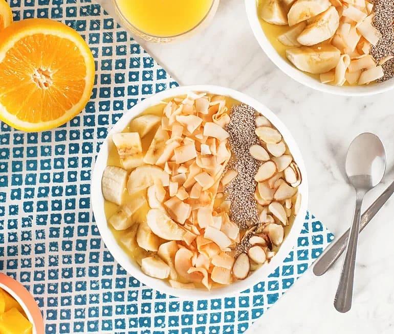 Tropisk smoothie-bowl
