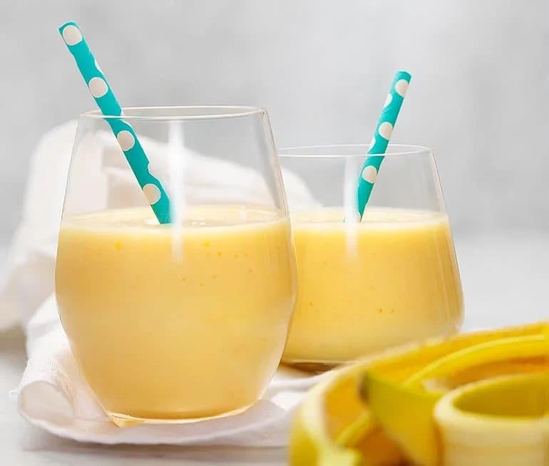 Mangocolada smoothie