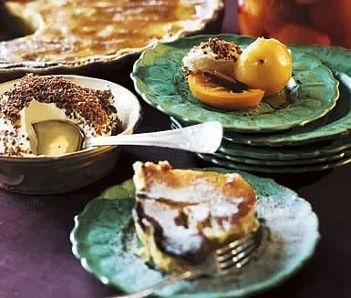 Päronpaj med mandel och honung