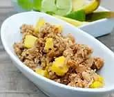 Smulpaj med banan, mango, müsli, kokos och lime