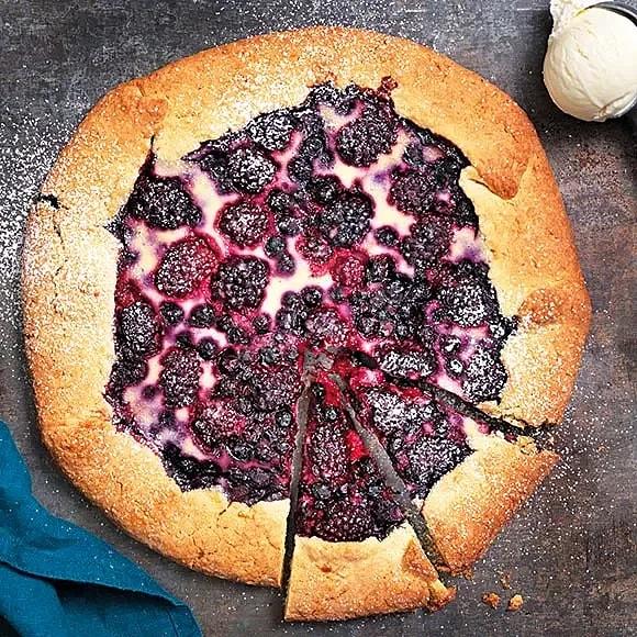 Cheesecake-galette med bär