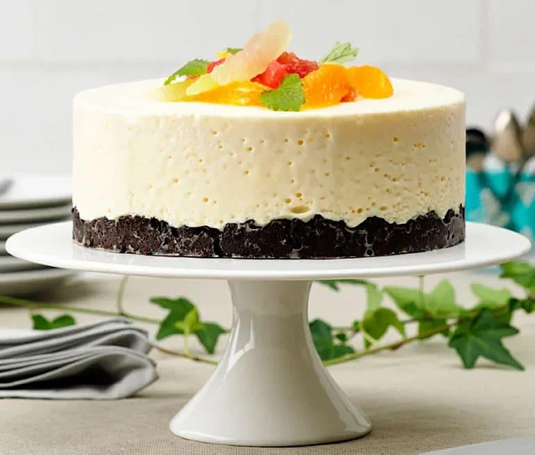 Frozen cheesecake med Oreos och citrusfrukter