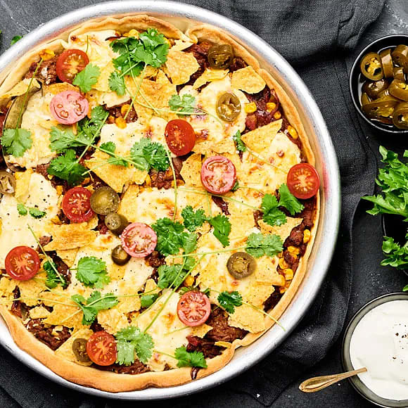 Tacopaj med nachos och Folke-ost