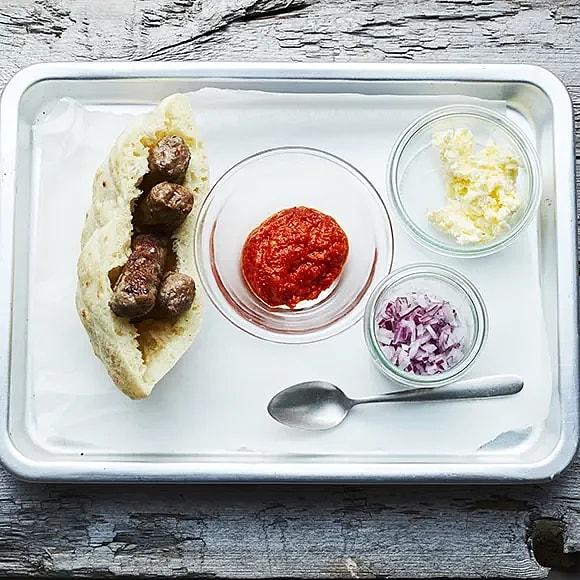 Äkta cevapcici-streetfood