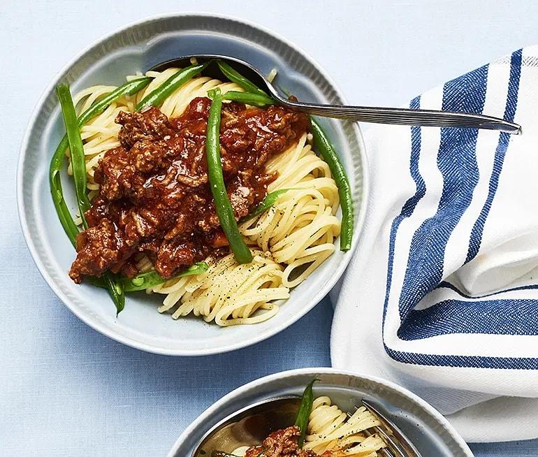 Spaghetti med köttfärssås och haricots verts