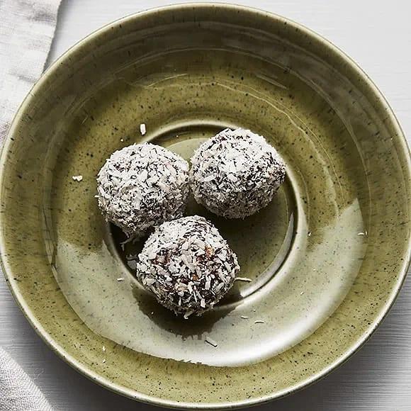 Chokladbollar med apelsin och kokos