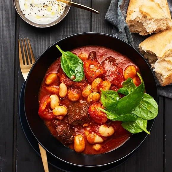 Beef chili med tomat och vita bönor
