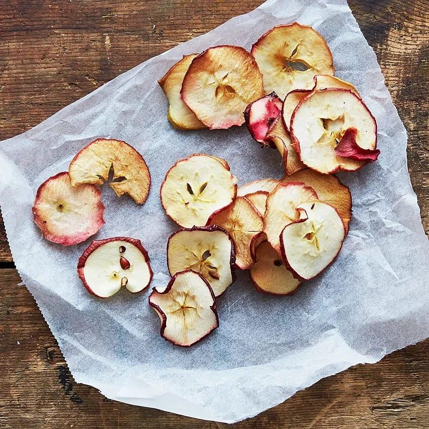 Hemgjorda äppelchips