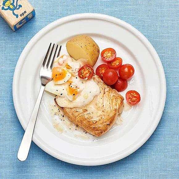 Stekt torsk med ägg- och kaviarsås