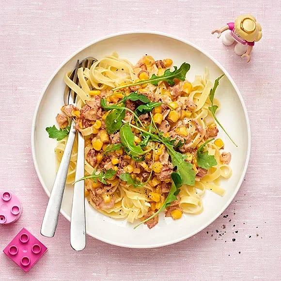Supersnabb pasta med bacon och majs