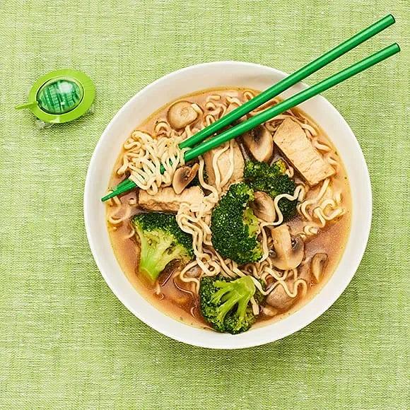Vegoramen med quorn och broccoli