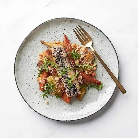 Lax med tomatveteotto och rostade rotfrukter