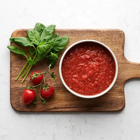 Tomatsås på krossade tomater