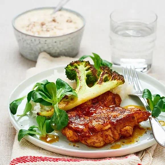 Kryddstekt kycklingsteak med vit bönröra