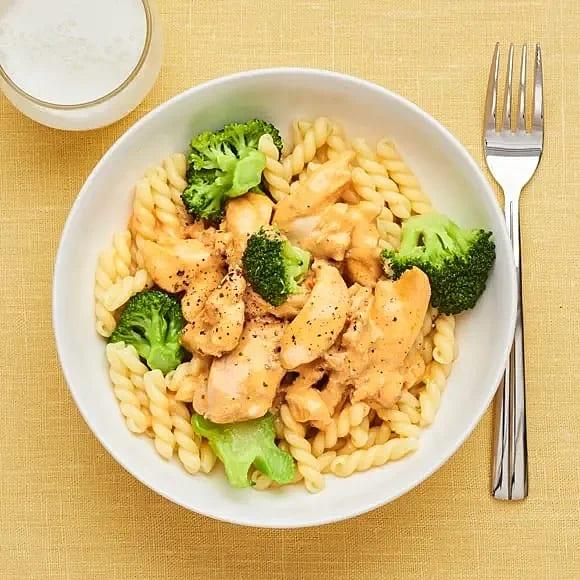 Kycklingpasta med broccoli