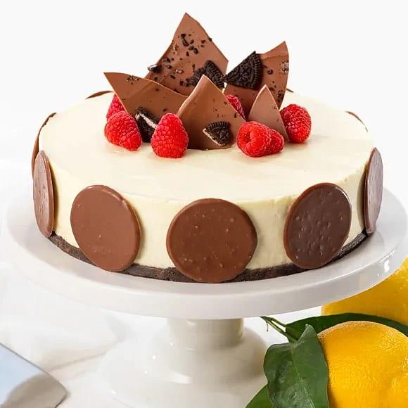 Krämig cheesecake med chokladbotten