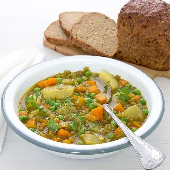 Linssoppa med potatis