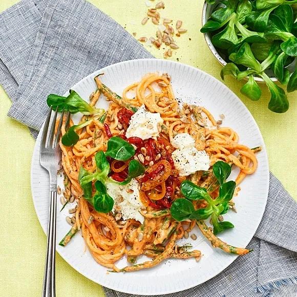 Pasta med paprika och mozzarella