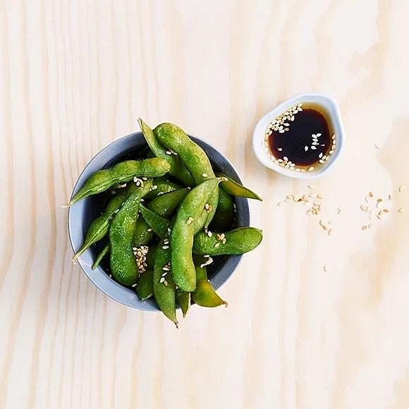 Edamamebönor med sesam och soja
