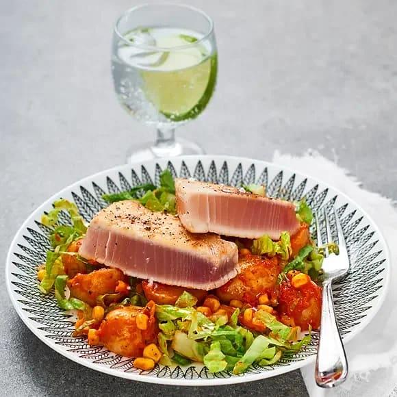 Halstrad tonfisk med ajvarpotatis