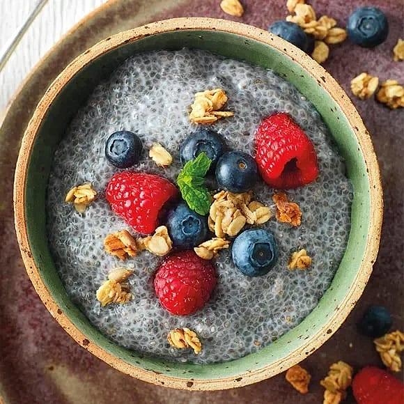 Chiapudding med granola