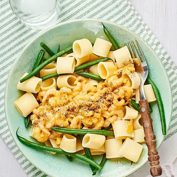 Gräddig räkgryta med pasta
