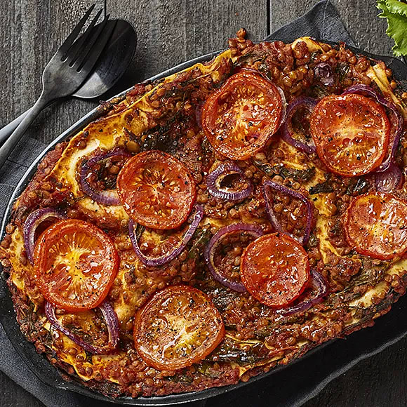 Vegansk lasagne med linser och tomat